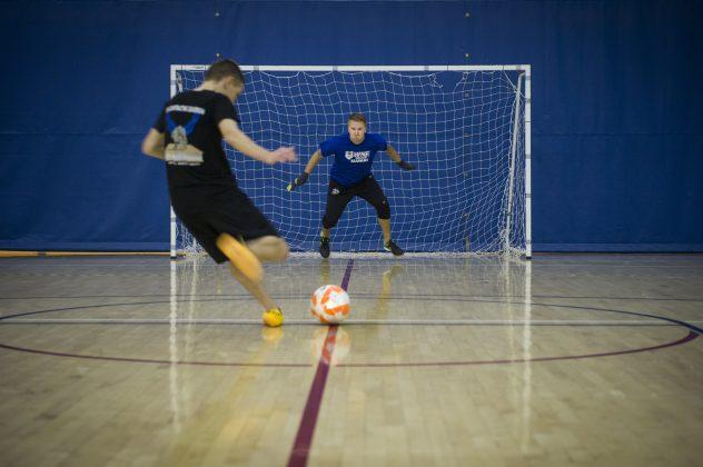 indoor_football_winter
